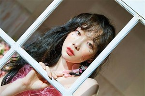 [Teaser Photo] Taeyeon - Make Me प्यार आप @ 'My Voice' Deluxe Edition