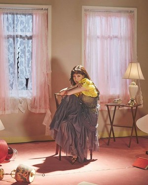 [Teaser Photo] Taeyeon - Make Me cinta anda @ 'My Voice' Deluxe Edition