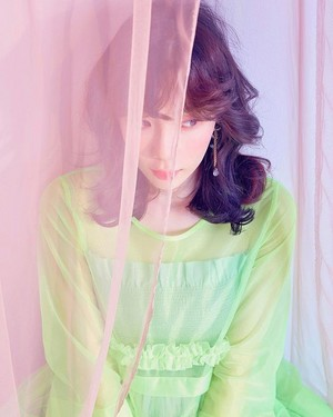 [Teaser Photo] Taeyeon - Make Me Love آپ @ 'My Voice' Deluxe Edition