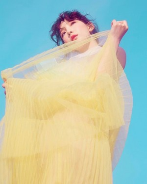 [Teaser Photo] Taeyeon - Make Me প্রণয় আপনি @ 'My Voice' Deluxe Edition