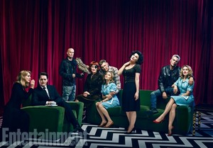 'Twin Peaks' Season 3 Cast Portrait