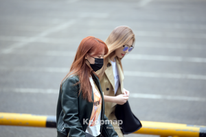 170331 Girl's dia Heading to KBS música Bank