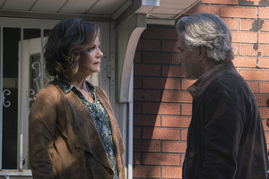 2x07 - A House Divided - Linda and Woz