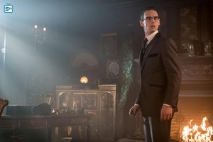 3x15 - How The Riddler Got His Name - Nygma
