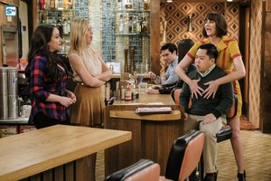 6x22 'And 2 Broke Girls: the Movie'