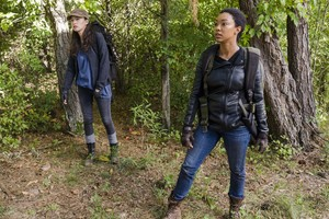 7x14 ~ The Other Side ~ Rosita and Sasha
