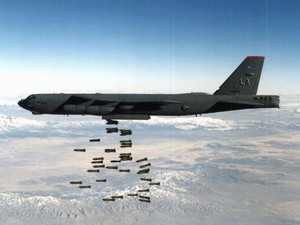 B-52 Stratofortress - Bombing