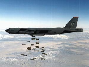 B-52 Stratofortress - Bombing