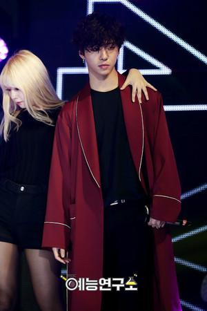 B.A.P Official Pictures @ MBC 音乐 Core