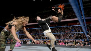 Becky Lynch vs. Carmella - WWE Smackdown March 21, 2017
