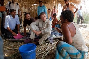 Bill Gates With Indian 01