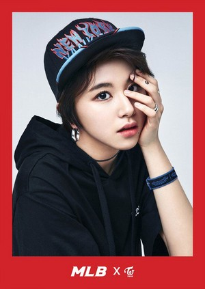 Chaeyoung - Sports Casual Brand MLB