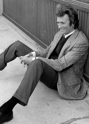 Clint takes a break on the set of Dirty Harry 1971