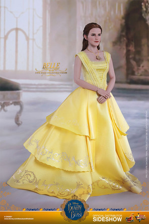 Дисней Belle Sixth Scale Collectible Figure by Hot Toys