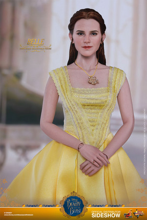 Disney Belle Sixth Scale Collectible Figure Von Hot Toys