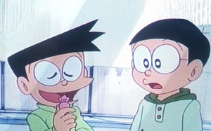 Đôrêmon Nobita, Suneo