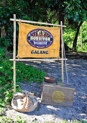 Galang (Returning Players) Tribe Flag (Blood Vs Water)