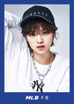 Jeongyeon - Sports Casual Brand MLB