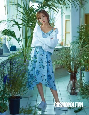 Jessica for Cosmopolitan Magazine 2017 May Issue