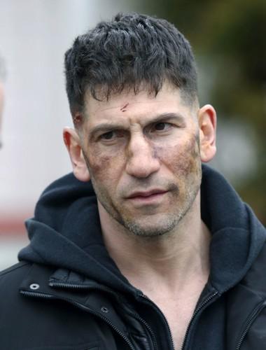 The Punisher - Netflix karatasi la kupamba ukuta entitled Jon Bernthal - BTS