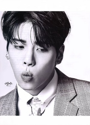 Jonghyun for Esquire Magazine May Issue