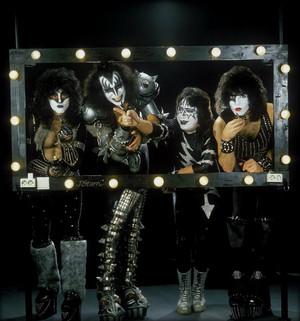 kiss ~Hilversum, Netherlands...November 25, 1982