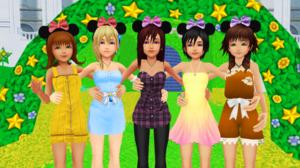 Kingdom Hearts Beautiful Girls in disney castelo