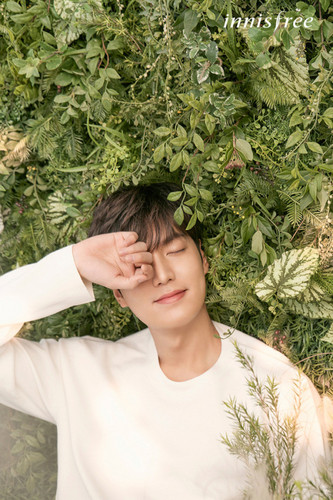 Lee Min Ho wallpaper called Lee Min Ho  Innisfree  2017