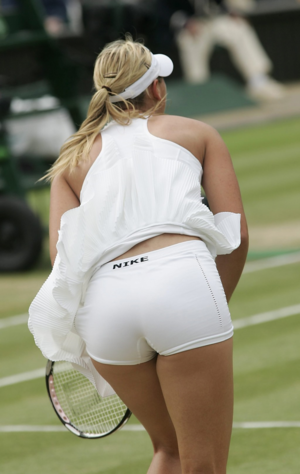 Maria Sharapova - asno and Legs