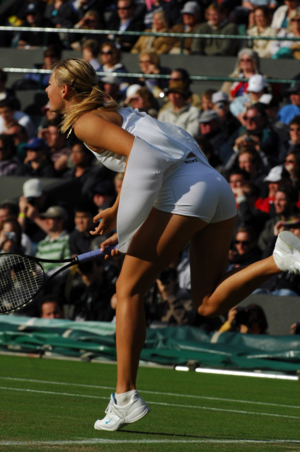 Maria Sharapova - keldai and Legs