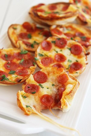 Mini Tortilla Pizzas