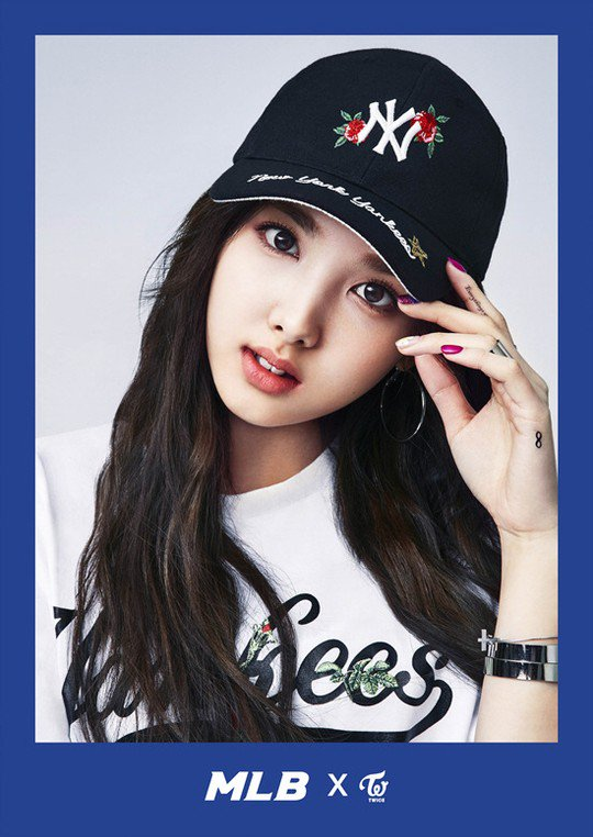 Twice Jyp Ent Images Nayeon Sports Casual Brand Mlb Hd Wallpaper