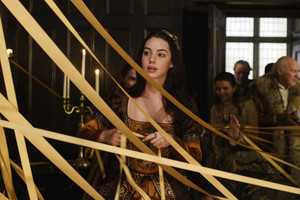 """Reign """"Pulling Strings"""" (4x09) promotional picture"""