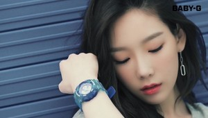 SNSD Taeyeon CASIO BABY-G 2017SS Photoshoot