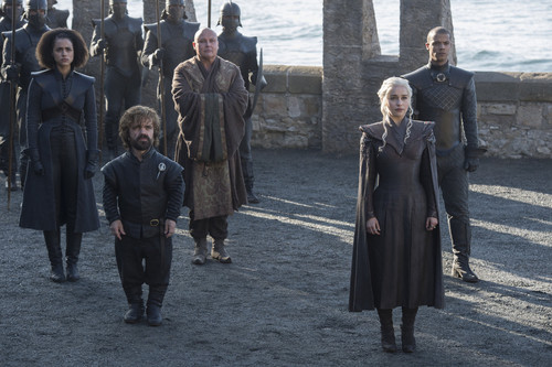 Game of Thrones karatasi la kupamba ukuta entitled Season 7 Exclusive Look ~ Daenerys, Tyrion, Missandei, Varys and Grey Worm