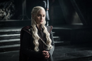 Season 7 Exclusive Look ~ Daenerys