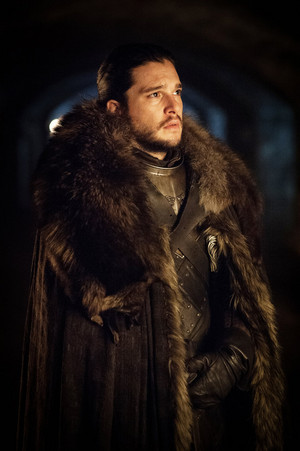 Season 7 Exclusive Look ~ Jon