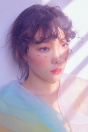 Taeyeon teaser Bilder for 'Make Me Liebe You'