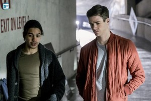 The Flash - Episode 3.19 - The Once and Future Flash - Promo and BTS Pics