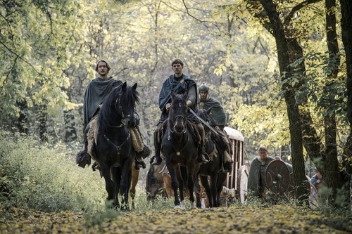 Toby Regbo fondo de pantalla called Toby as Aethelred in 'The Last Kingdom' - 2x08 - Promotional Stills