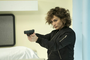 2x10 - Whoever Fights Monsters - Harlee