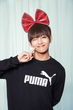 BTS V cute photo