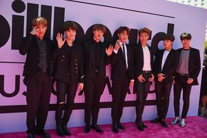 BTS at the Billboard Muzik Awards 2017