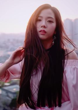 Black rosa Hintergrund entitled Beautiful Jisoo