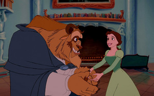 Belle And Beast In aklatan