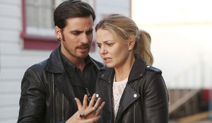 Captain angsa, swan (Emma and Killian)