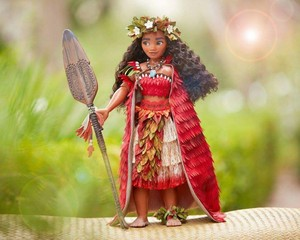 Chief Moana Exclusive Doll