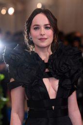 Dakota at the Met Gala 2017