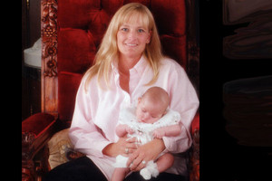 Debbie Rowe And Daughter, Paris