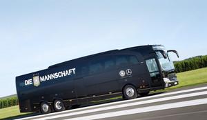Die Mannschaft - Der Bus: Mercedes-Benz
